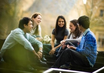 网上学英语怎么样?会有帮助吗?