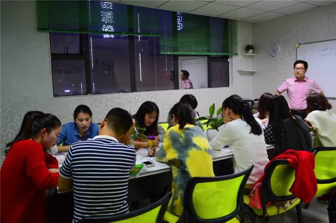 线上英语学习的优点有哪些?你们都清楚吗?